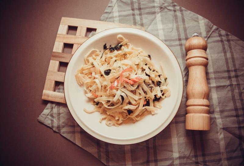Kruidige vegetarische spaghetti royalty-vrije stock fotografie