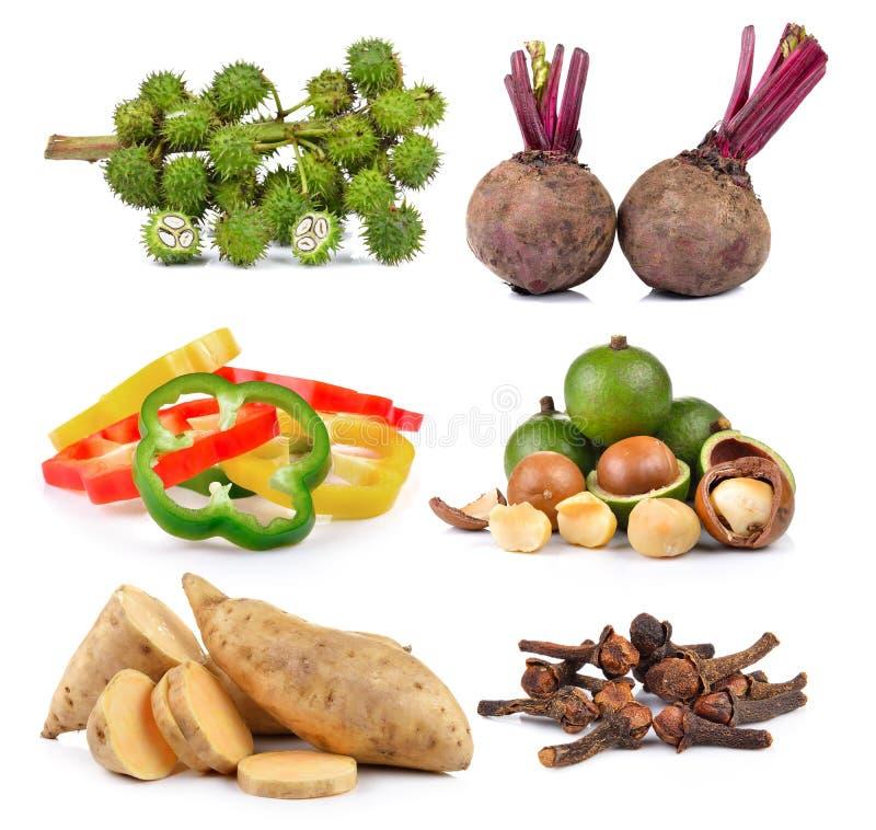 Kruidkruidnagels, Gesneden peper, bataat, macadamia, Bieten, stock afbeeldingen