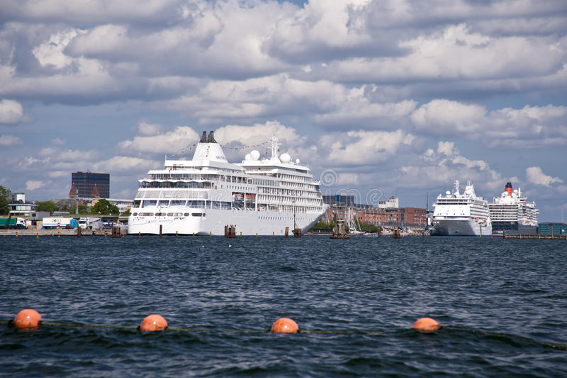 Kruiser in Kopenhagen royalty-vrije stock afbeeldingen