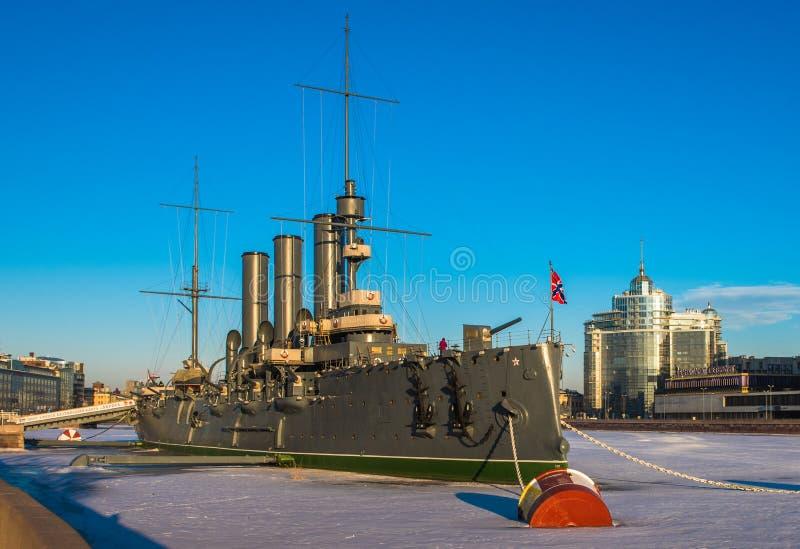 Kruiserdageraad, het symbool van de Oktober-revolutie, Petersburg stock foto's