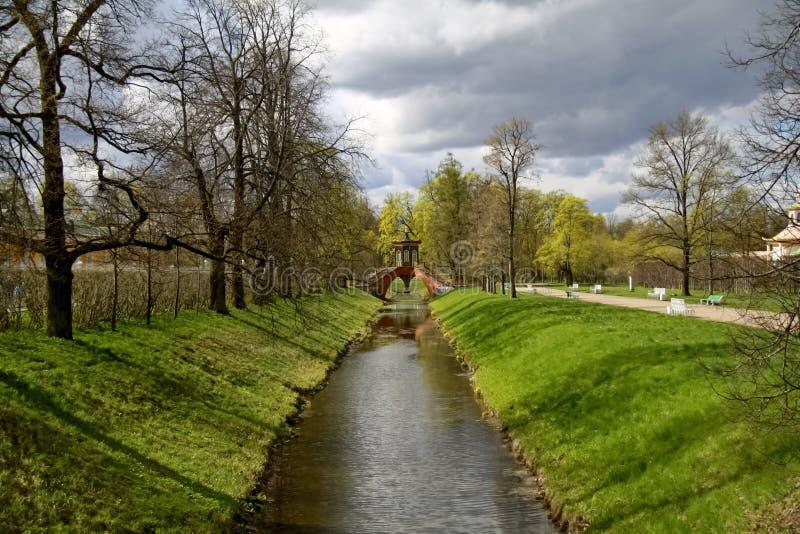 Kruistochtbrug in Tsarskoe Selo stock afbeelding