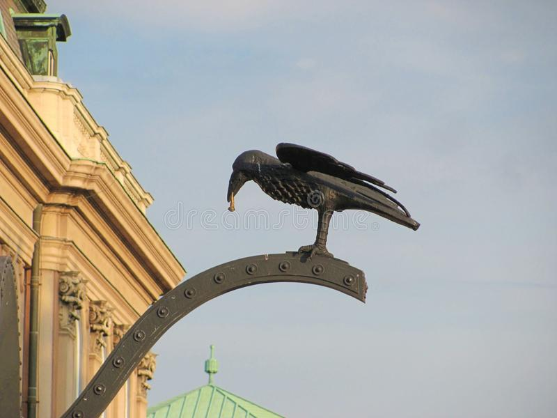 Kruk rzeźba w Buda kasztelu w Węgry, Budapest fotografia stock
