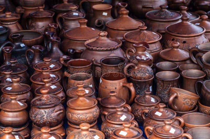 Krukmakeri lergods, clayware, lerkärl, stengods royaltyfria bilder