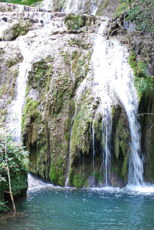 Krushunas vattenfall arkivfoto