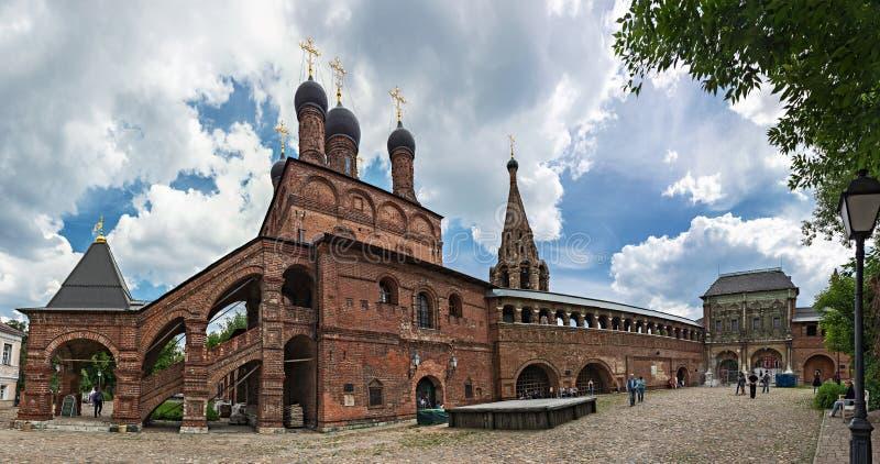 Krutitsy antiguo Metochion patriarcal en Moscú, panorama foto de archivo
