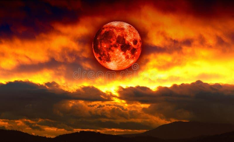 Krwionośna czerwona księżyc zdjęcie stock