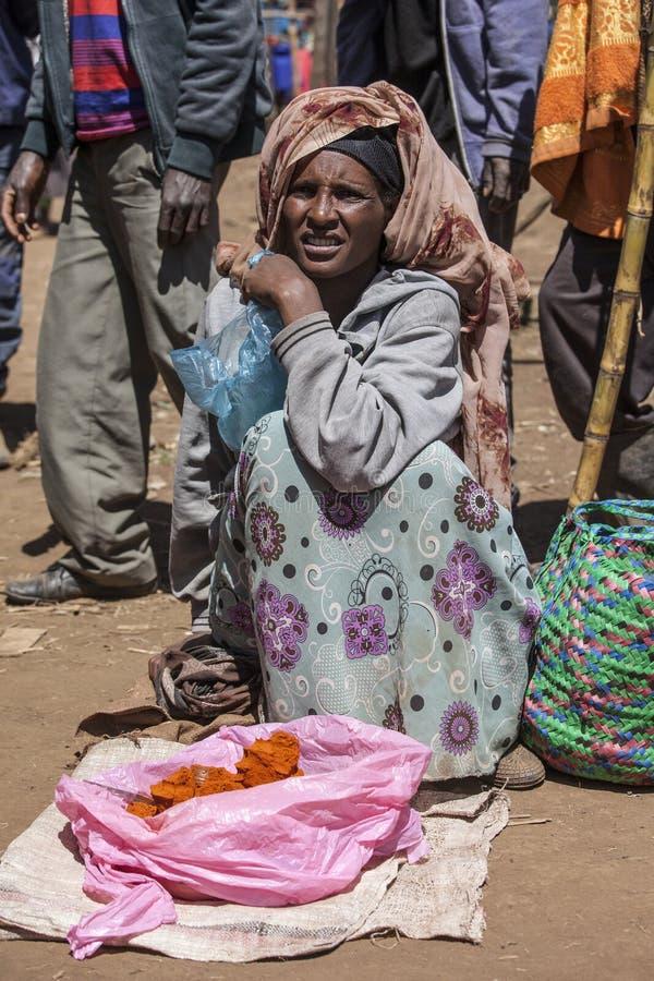 Kryddasäljare i Etiopien royaltyfri bild
