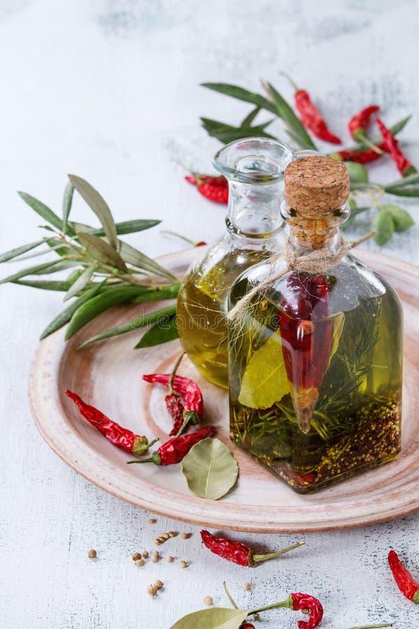 kryddig oljeolivgrön arkivbild