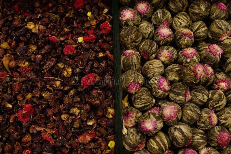 Kryddor är i lagret, mång--färgad textur arkivbild