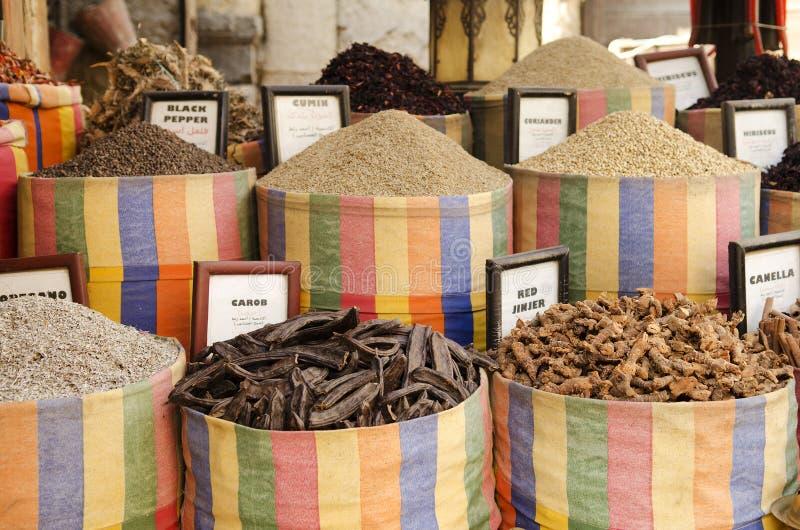 kryddor för cairo östliga egypt marknadsmitt arkivfoton
