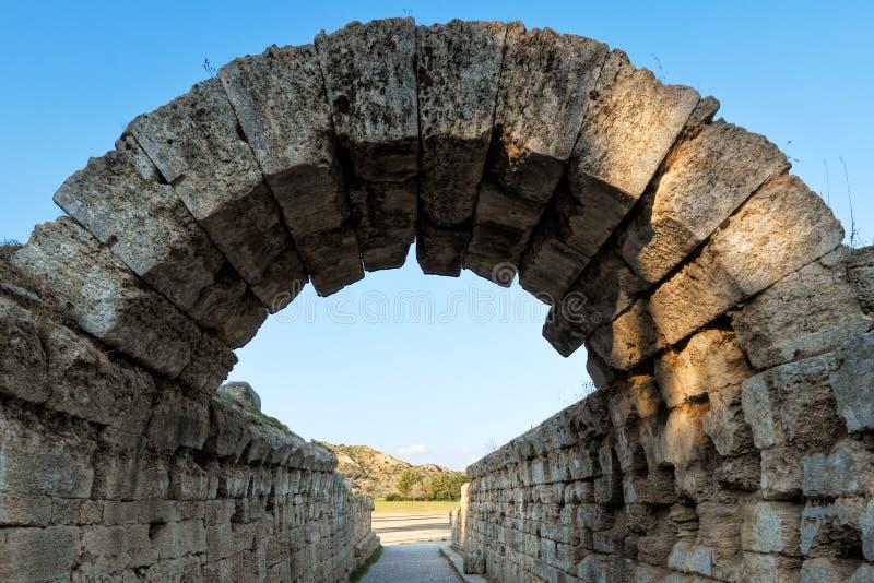 Krypte вход стадиона монументальный в Олимпию, Грецию стоковая фотография rf