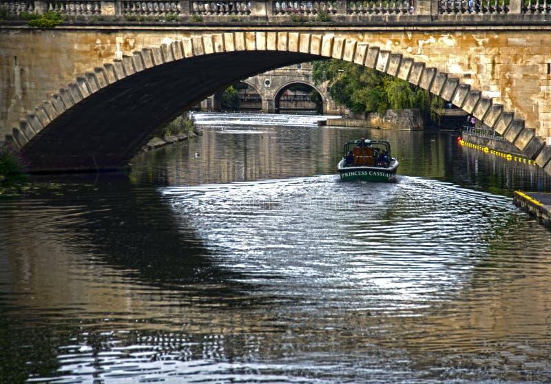 Kryssningar på floden Avon på badet royaltyfria bilder