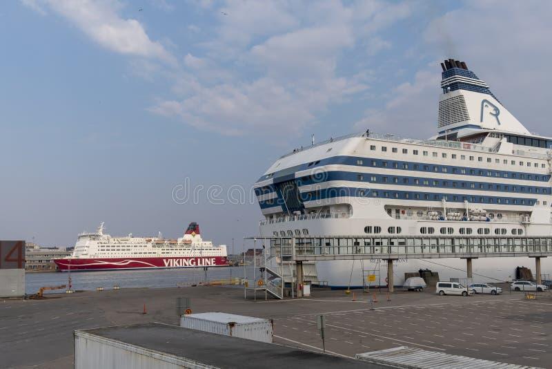 KryssningfärjaHelsingfors hamn, Finland royaltyfria foton