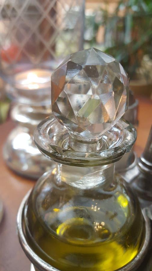 Krystaliczna butelka w ranku obraz royalty free