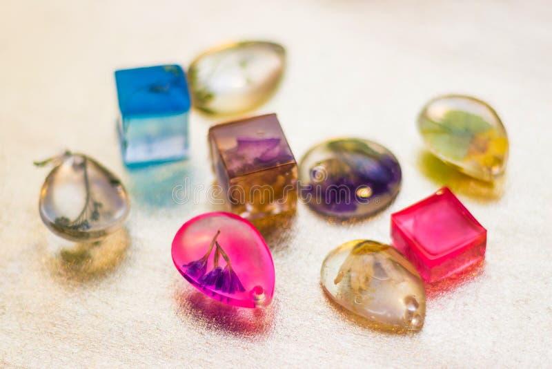 Kryształy robić epoxy żywica zdjęcia stock
