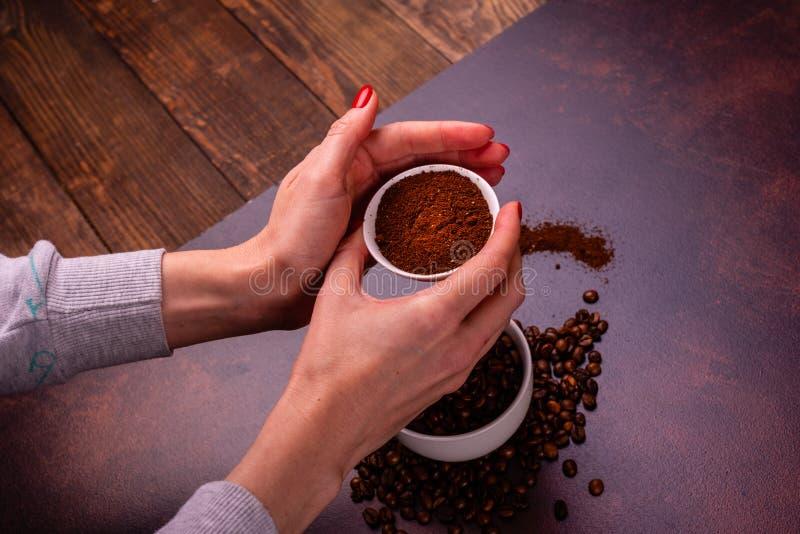 Krzepiąca ranek kawa z cukierkami Ono może jest używać jako tło zdjęcia stock