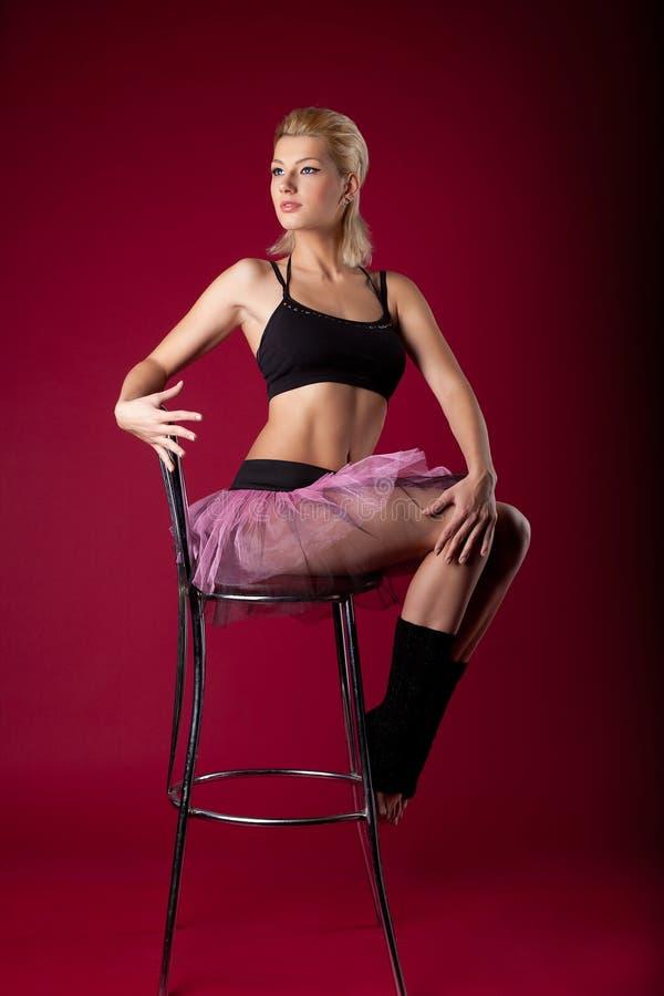 krzesła kostiumu tana target92_0_ sporta kobiety potomstwa fotografia stock