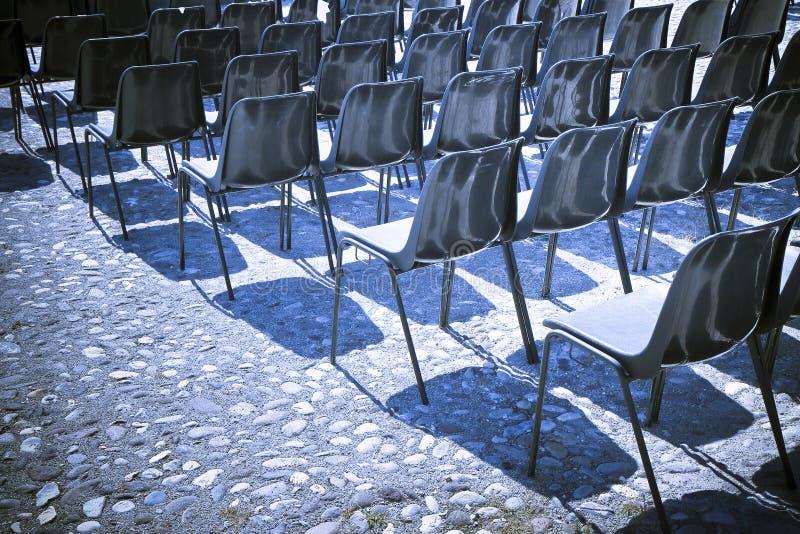 Krzesła plenerowy kino obraz stock