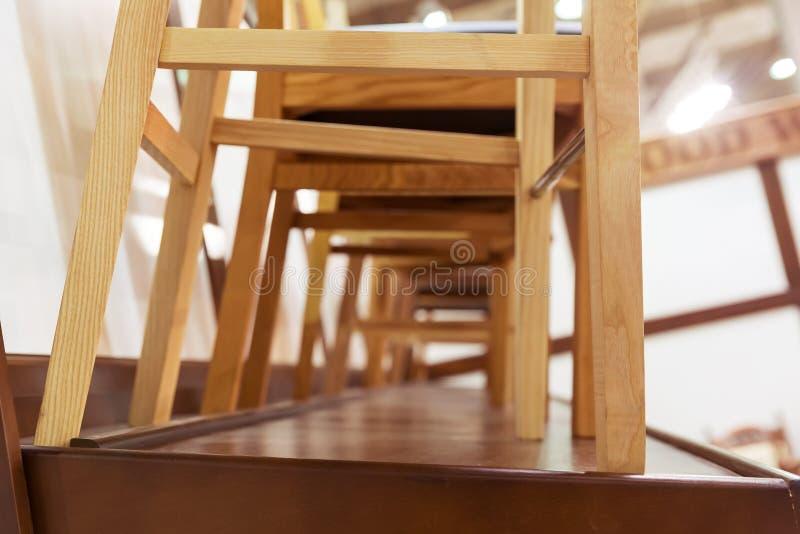 krzesła ustawiający zdjęcie royalty free