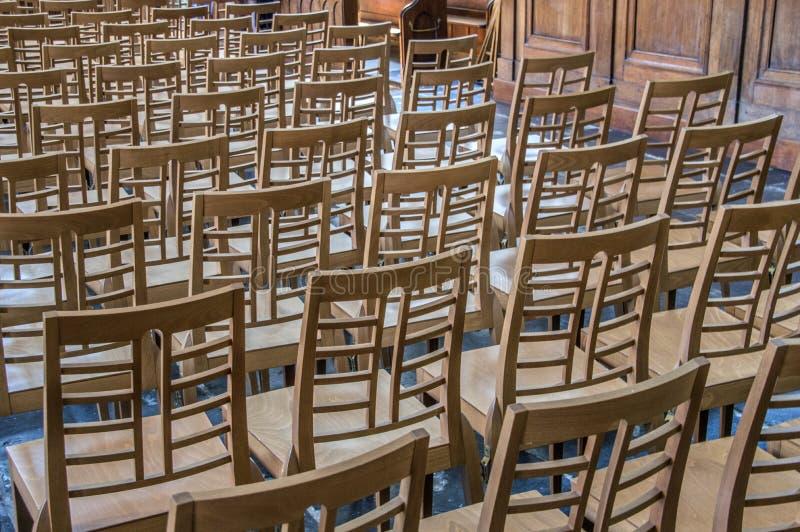 Krzesła Wśrodku Angielskiego Reformowanego kościół Przy Begijnhof Amsterdam holandie 2018 obraz royalty free