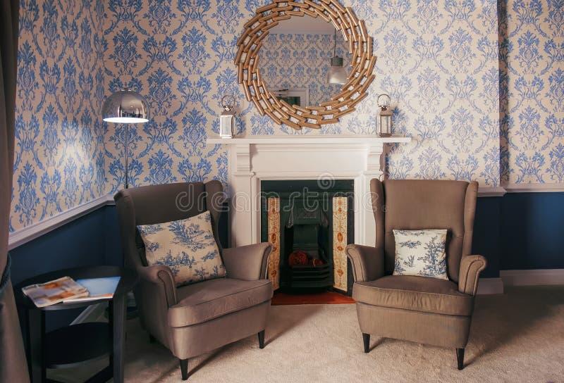 Krzesła w kuluarowy aria w hotelu zdjęcie stock