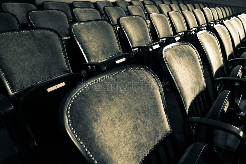 Krzesła w starym teatrze obraz royalty free