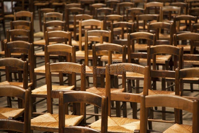 krzesła wykładali drewnianego obraz stock