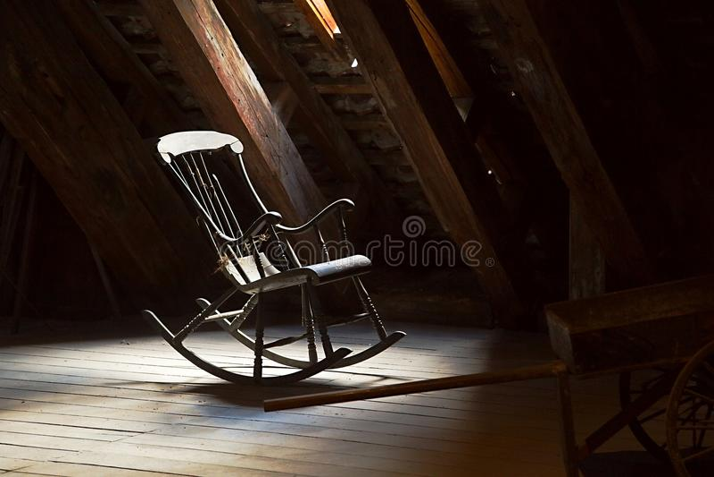 krzesło stary rocka obrazy stock