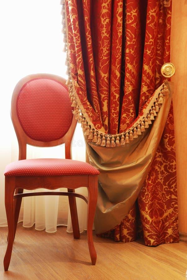 Download Krzesło Antykwarska Elegancja Zdjęcie Stock - Obraz: 13420852