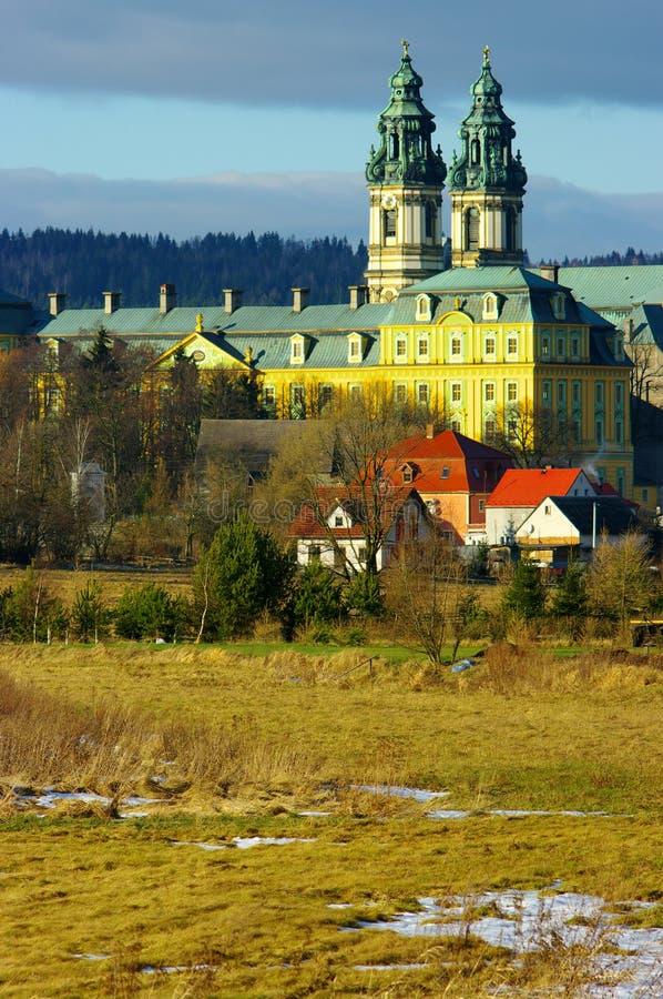 Download Krzeszow修道院 库存照片. 图片 包括有 大教堂, 欧洲, 详细资料, 有历史, 蓝色, 背包, 云彩 - 22353384