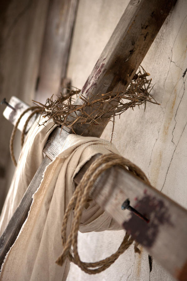 Krzyż na ścianie zdjęcia stock