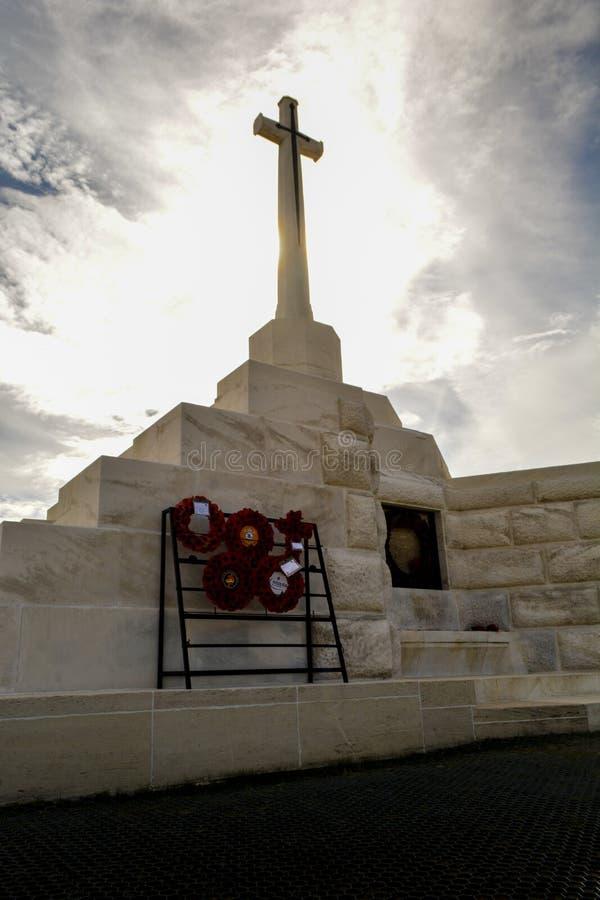 Krzyż poświęcenie przy Tyne łóżka polowego cmentarzem, Passchendaele fotografia stock