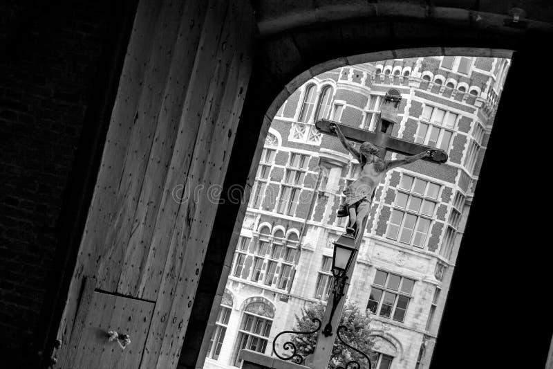 Download Krzyż obraz stock. Obraz złożonej z krzyż, belgia, społeczeństwo - 28959013