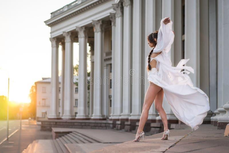 Ksenia舞蹈家 免版税库存照片