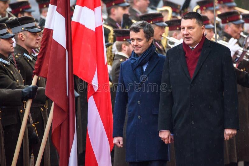 Książę Koronny Dani Frederik i Raimonds Vejonis, prezydent Latvia obrazy stock