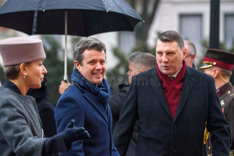 Książę Koronny Dani Frederik i Raimonds Vejonis, prezydent Latvia obraz stock