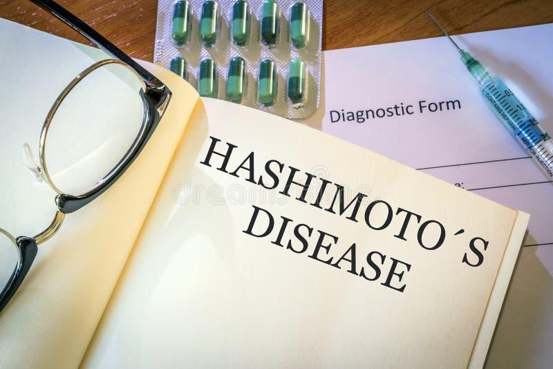 Książka z diagnozy Hashimoto chorobą fotografia royalty free