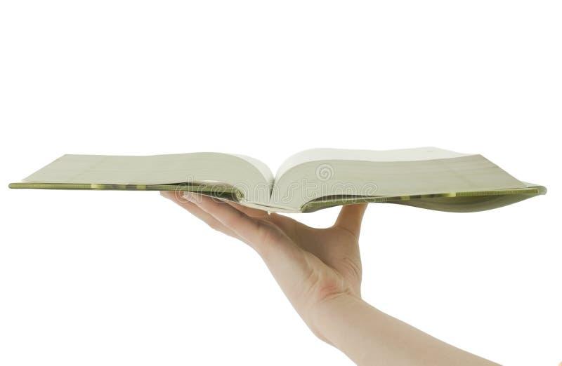 książkowej ręki mienie otwarty obrazy stock