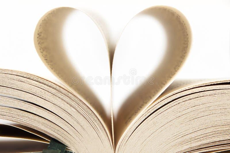 książkowy serce fotografia stock