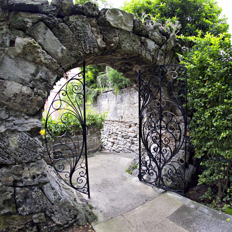Księżyc brama - królowej Elizabeth park w Hamilton, Bermuda fotografia royalty free