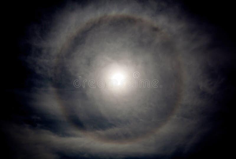 Księżyc halo w nighttime, naturalny zjawisko obrazy stock