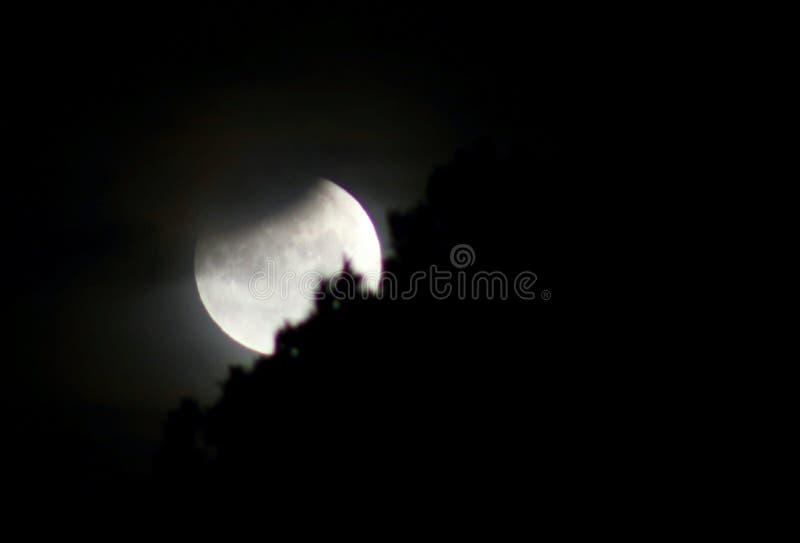 księżyc - luna, zaćmienie nad morzem obrazy stock