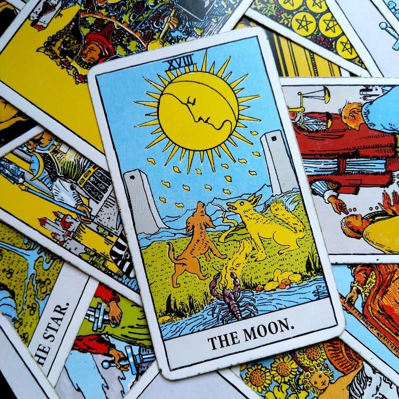 Księżyc Tarot karta Marzy, koszmary, złudzenie, chować rzeczy zdjęcie royalty free