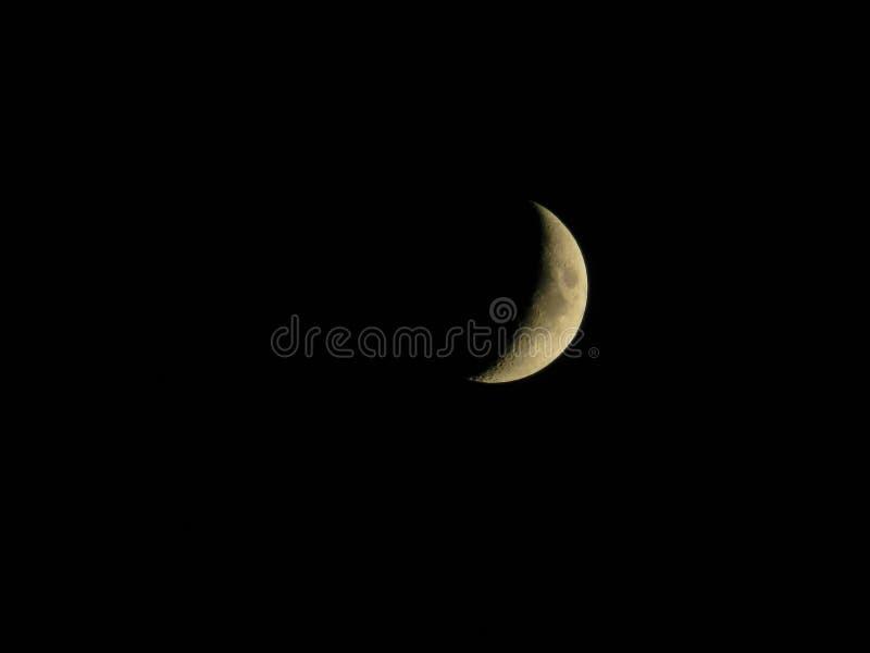 Księżyc w czarnym niebie obrazy stock
