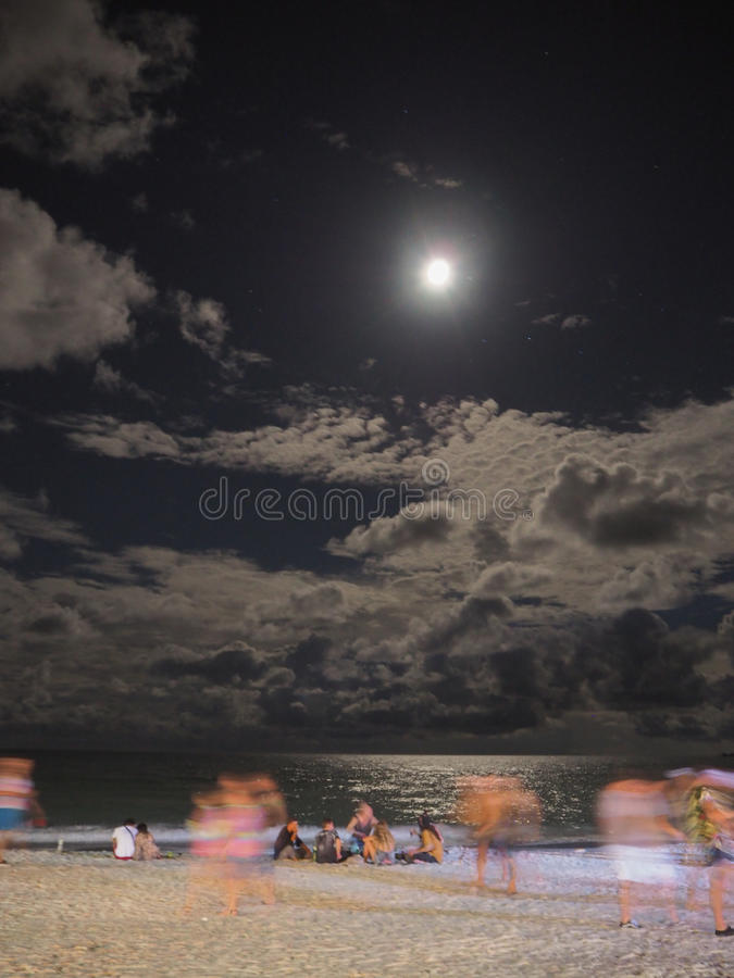 Księżyc w pełni przyjęcie zdjęcia stock