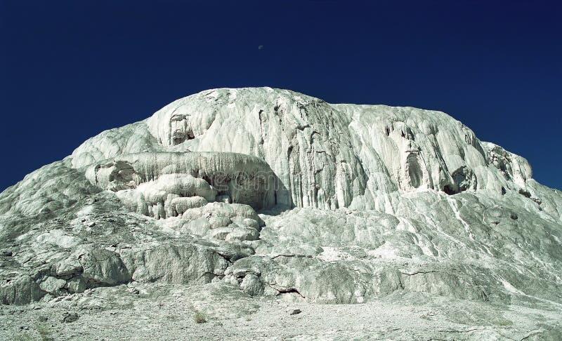Download Księżycowa powierzchni obraz stock. Obraz złożonej z volcanoes - 134963