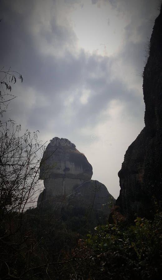 Kształt Shandong jest bardzo dziwaczny, pozwalał ciebie rumienić się? obrazy stock
