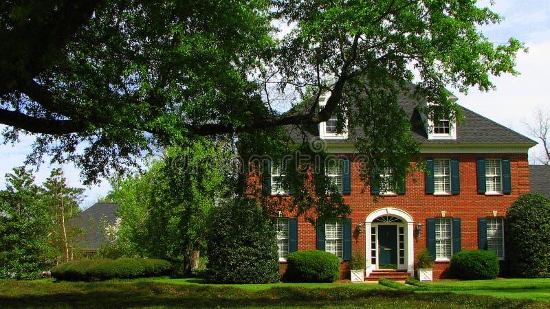 kształtujący teren pięknie dom fotografia stock