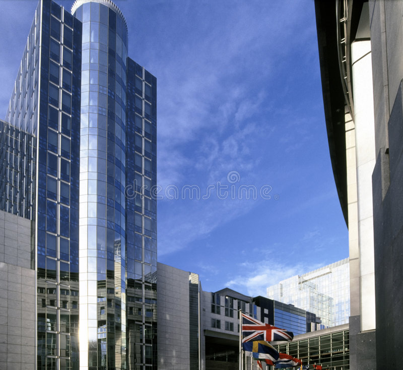 które budynku Brukseli parlament eu. zdjęcia royalty free
