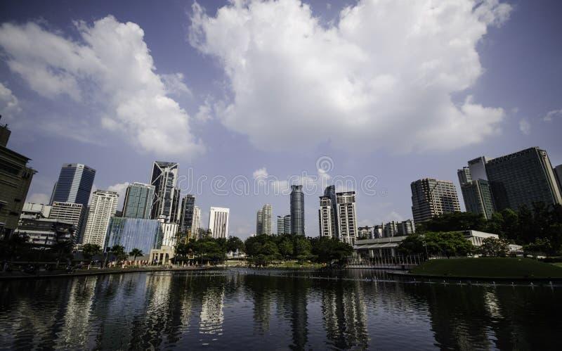 Kuala Lumpur Cityscape bij de tweelingtorens van Petronas royalty-vrije stock foto
